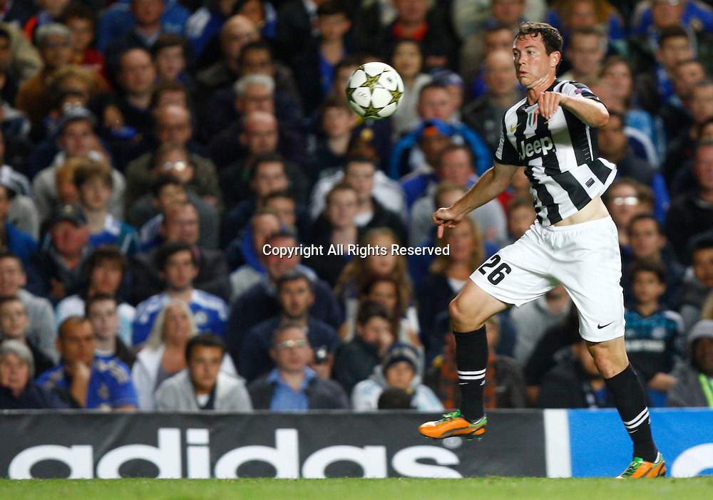 19.09.12 London, ENGLAND: <br /> Stephan Lichtsteiner of Juventus F.C.<br /> during the UEFA Champions League Group E match between Chelsea and  Juventus at Stamford Bridge Stadium