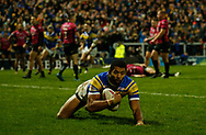 Kallum Watkins (C) of Leeds Rhinos dives to score the 3rd Try against Hull FC during the Betfred Super League match at Emerald Headingley Stadium, Leeds<br /> Picture by Stephen Gaunt/Focus Images Ltd +447904 833202<br /> 08/03/2018