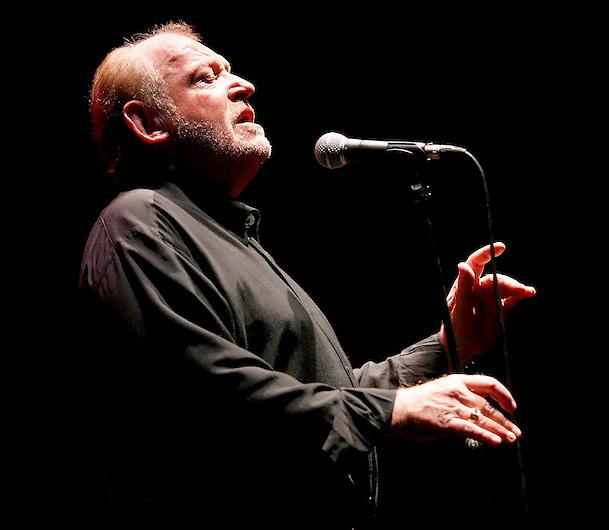 GI108 06-07-07.  Sant   Feliu de Gui?xols-Girona.  El cantante estadounidense Joe Cocker inaugura el 45º festival de mu?sica de Porta Ferrada en Sant Feliu de Gui?xols . EFE/TONI VILCHES.