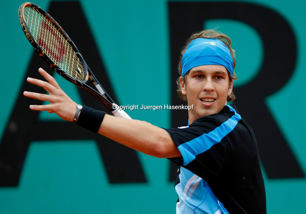 French Open 2010, Roland Garros, Paris, Frankreich,Sport, Tennis, ITF Grand Slam Tournament,  ..Lukas Lacko (SVK)..Foto: Juergen Hasenkopf..