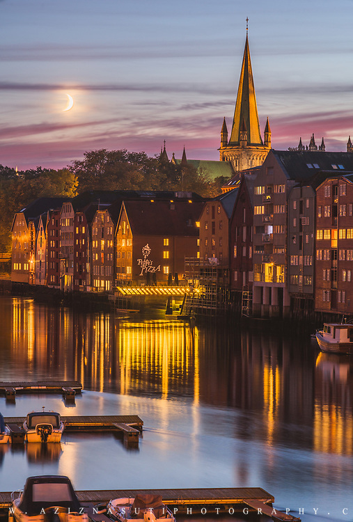 The beautiful vintage Trondheim www.aziznasutiphotography.com