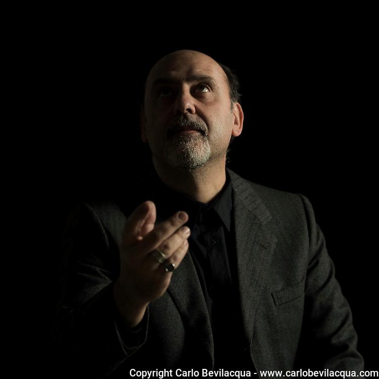Mario De Santis Writer