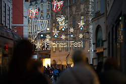 THEMENBILD - Weihnachtsbeleuchtung in der Adventzeit in der Innenstadt von Graz am 23. November 2016 // Christmas decoration in the inner city of Graz, Austria, on 23 November 2016. EXPA Pictures © 2016, PhotoCredit: EXPA/ Erwin Scheriau