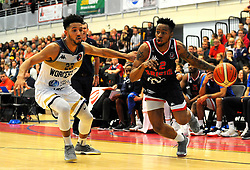 Jordan Whelan of Worcester Wolves competes with Panos Mayindombe of Bristol Flyers - Photo mandatory by-line: Nizaam Jones/JMP- 24/11/2018 - BASKETBALL - SGS Wise Arena - Bristol, England - Bristol Flyers v Worcester Wolves - British Basketball League Championship