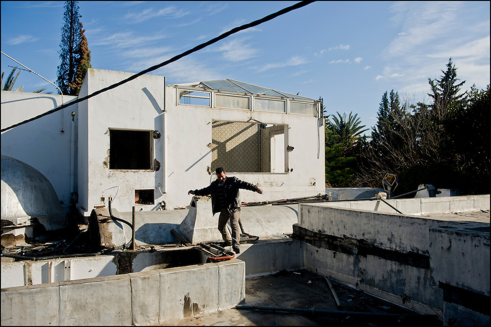 Inside the villa of Belhassen Trabelsi (brother of Leila Trabelsi) who flee the country right after Bel Ali (former president of Tunisia) to land in Canada, Tunis on January 30, 2011. Copyright Benjamin Girette