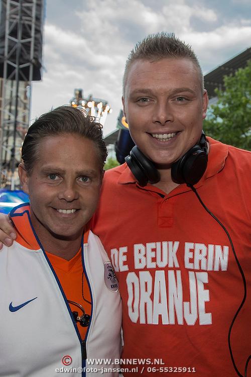 NLD/Amstelveen/20140610 - TROS Muziekfeest op het Plein 2014 Amstelveen, Danny de Munck en Tony Star
