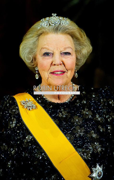 LUXEMBURG - Koningin Beatrix en groothertog Henri van Luxemburg tijdens het staatsbanket. De koningin is begonnen aan een driedaags staatsbezoek aan Luxemburg.