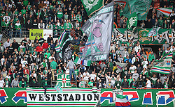 24.05.2015, Ernst Happel Stadion, Wien, AUT, 1. FBL, SK Rapid Wien vs SC Wiener Neustadt, 35. Runde, im Bild Rapid Fans // during a Austrian Football Bundesliga Match, 35th Round, between SK Rapid Vienna and SC Wiener Neustadt at the Ernst Happel Stadion, Wien, Austria on 2015/05/24. EXPA Pictures © 2015, PhotoCredit: EXPA/ Thomas Haumer