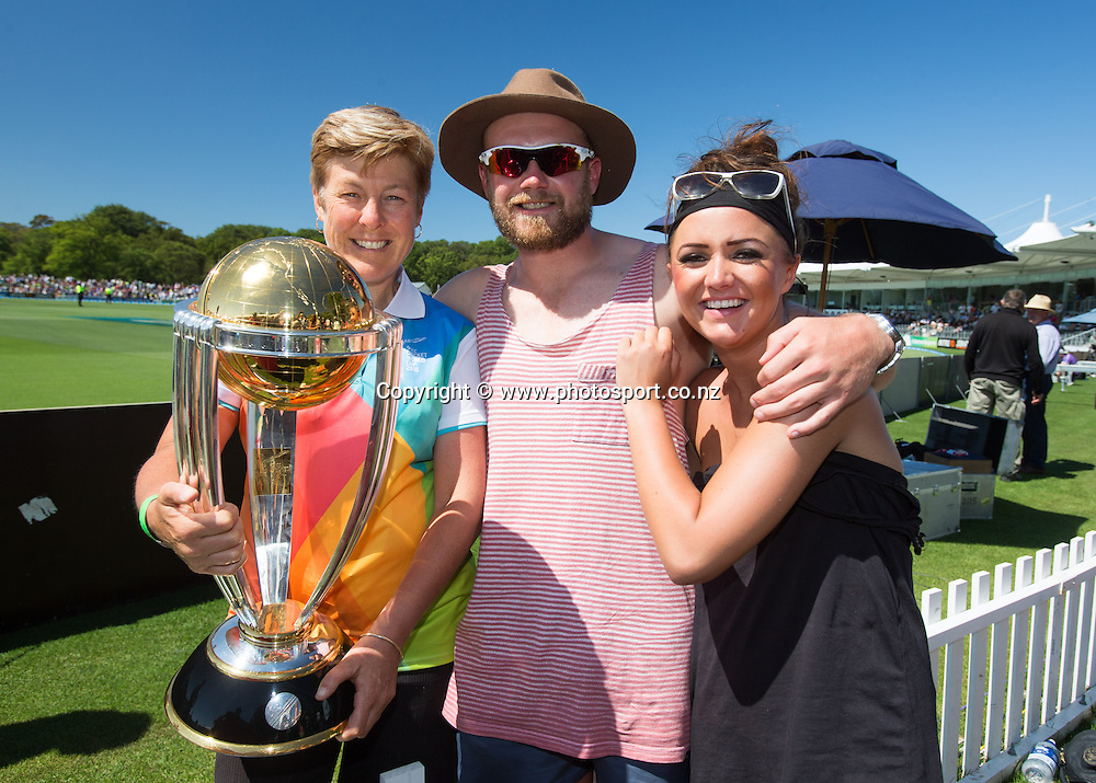 Fans with the Cricket World Cup. First day, ANZ Boxing Day Cricket Test, New Zealand Black Caps v Sri Lanka, 26 December 2014, Hagley Oval, Christchurch, New Zealand. Photo: John Cowpland / photosport.co.nz