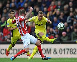 Tottenham Hotspur's Harry Kane takes a shot on goal - Photo mandatory by-line: Dougie Allward/JMP - Mobile: 07966 386802 - 09/05/2015 - SPORT - Football - Stoke - Britannia Stadium<br />  - Stoke v Tottenham Hotspur - Barclays Premier League