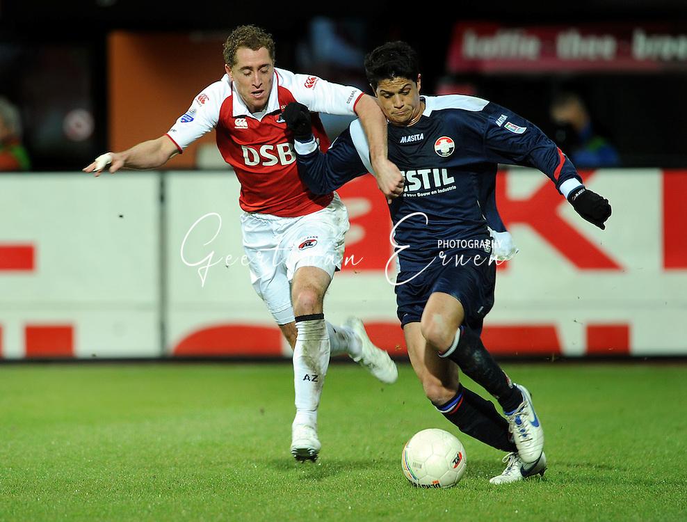 07-02-2009 VOETBAL: AZ - WILLEM II: ALKMAAR<br /> Swerts in duel met Veloso<br /> FOTO: ORANGE PICTURES / GEERT VAN ERVEN