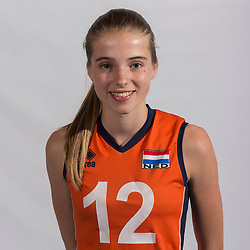 07-06-2016 NED: Jeugd Oranje meisjes &lt;2000, Arnhem<br /> Photoshoot met de meisjes uit jeugd Oranje die na 1 januari 2000 geboren zijn / Rianne Vos