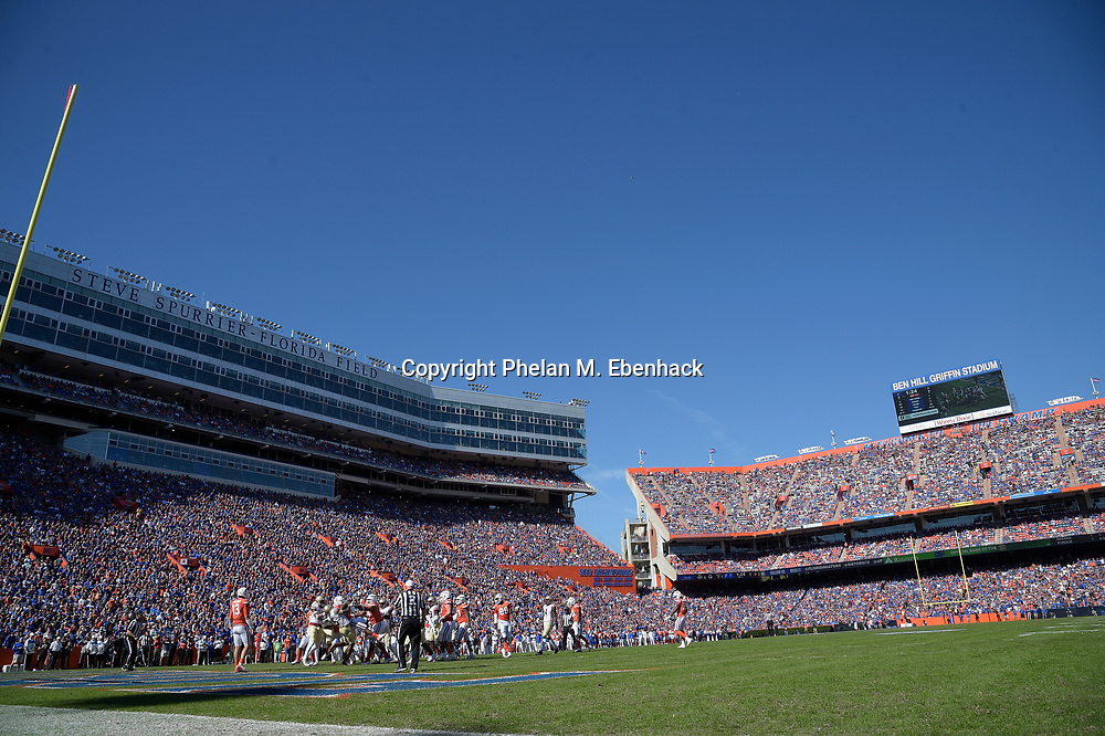 Florida State and Florida play during the first half of an NCAA college football game Saturday, Nov. 25, 2017, in Gainesville, Fla. (Photo by Phelan M. Ebenhack)