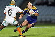 Jason Rutledge on the charge..Investec Super Rugby - Highlanders v Cheetahs, 8 April 2011, Carisbrook Stadium, Dunedin, New Zealand..Photo: Rob Jefferies / www.photosport.co.nz