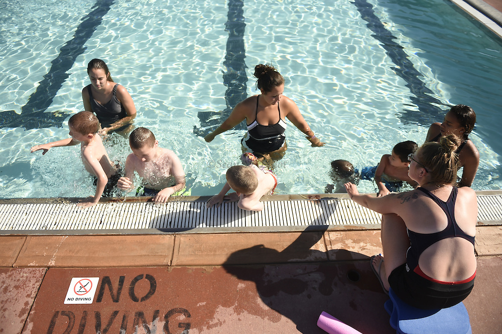 7/26/16 :: REGION :: STAND ALONE :: Children in the New London Recreation Department's summer swim program take lessons in the pool at Ocean Beach Park Tuesday, July 26, 2016.. (Sean D. Elliot/The Day)