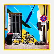 Serie Ventanas Hamburgo.                           C-Print auf eine MDF-Platte mit einer Stärke von 5 mm gebracht und mit einer besonderen Schicht aus Wachs versiegelt.<br /> Format: 20 cm x 20 cm. 30 cm x 30 cm. 60 cm x 60 cm.<br /> Open Edition 2015. ©Nero Pécora