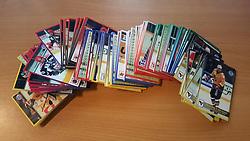 Officielle Danske Hockey Trading Card. <br /> <br /> 1998-1999 Komplet Danske Ishockey Kort 228 stk.<br /> <br /> Begrænset komplet sæt på lager. Kontakt: mail@nhcfoto.dk eller tlf. 40277826