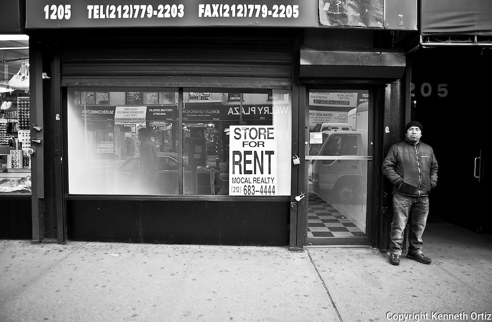 A Photo of an empty store front on Broadway in the Manhattan.