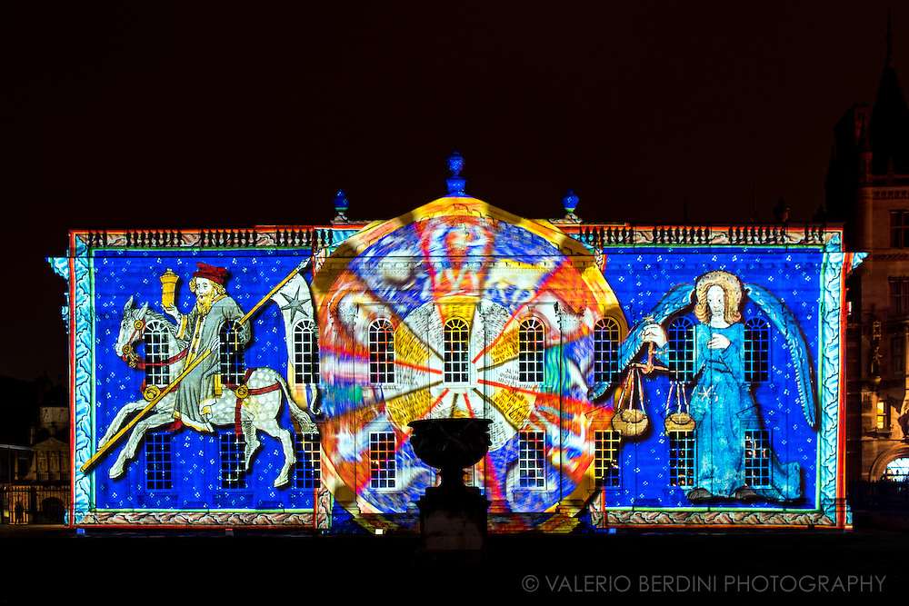 Light projection over Senate House, University of Cambridge. e-Luminate Cambridge is a contemporary arts festival at the forefront of scientific and technological research. A unique opportunity to discover the richness and diversity of Cambridge&rsquo;s iconic buildings and public spaces in a new light. e-Luminate Cambridge has been at the forefront of this vibrant and expanding area of artistic practice, called Light Art, promoting innovation through its support of some of the most exciting figures on the contemporary scene.<br /> <br /> this photo was published on the Guardian &quot;Best photos of the Day&quot; on 13 Feb 2017 and on The Times in print and online https://www.theguardian.com/news/gallery/2017/feb/13/best-photos-of-the-day-a-caracas-demo-and-swan-lake?CMP=share_btn_tw&amp;page=with:img-13#img-13<br /> <br /> http://www.thetimes.co.uk/edition/news/news-in-pictures-j25xmlfs9