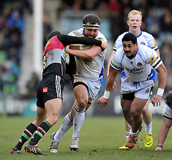 Tom Dunn of Bath Rugby takes on the Harlequins defence - Photo mandatory by-line: Patrick Khachfe/JMP - Mobile: 07966 386802 31/01/2015 - SPORT - RUGBY UNION - London - The Twickenham Stoop - Harlequins v Bath Rugby - LV= Cup