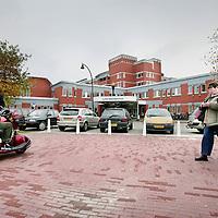 Nederland,Lelystad ,30 oktober 2008..Het Zuiderzeeziekenhuis..In de IJsselmeerziekenhuizen in Lelystad en Emmeloord mag voorlopig niet meer worden geopereerd vanwege de 'onverantwoorde en niet veilige situatie' van de luchtkwaliteit van de operatiekamers.