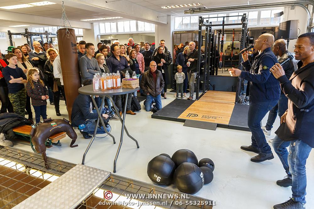NLD/Hilversum/20180114 - opening Personal Power Gym Hilversum, optreden Re-Play