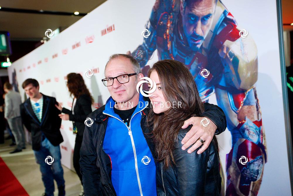 AMSTERDAM - In het Rai theater is de filmpremiere van Iron Man 3. Met op de foto  Jeroen van Inkel met dochter Teddy. FOTO LEVIN DEN BOER - PERSFOTO.NU