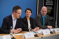 DEU, Deutschland, Germany, Berlin, 16.12.2016: V.l.n.r. Marcus Pretzell (MdEP, AfD), Dr. Frauke Petry, Vorsitzende der Partei Alternative für Deutschland (AfD), Mario Mieruch, stellvertretender Landessprecher der AfD Nordrhein-Westfalen, bei einer Pressekonferenz der AfD, auf der eine App für verunsicherte Bürger vorgestellt wird.