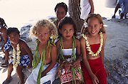 Young Polynesian girls, Tuamotus, French Polynesia, (editorial use only, not model released)<br />