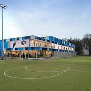 Sporthal Loevenhoutsedijk te Utrecht ontwerp Liag architecten en bouwadviseurs.