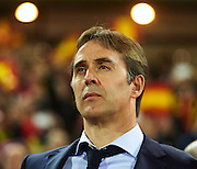GRANADA, SPAIN - NOVEMBER 12:  Julen Lopetegui of Spain looks on during the FIFA 2018 World Cup Qualifier between Spain and FYR Macedonia at  on November 12, 2016 in Granada, .  (Photo by Aitor Alcalde Colomer/Getty Images)