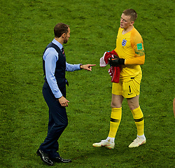 MOSCOW, RUSSIA - Wednesday, July 11, 2018: England's manager Gareth Southgate and goalkeeper Jordan Pickford after 90 minutes during the FIFA World Cup Russia 2018 Semi-Final match between Croatia and England at the Luzhniki Stadium. (Pic by David Rawcliffe/Propaganda)