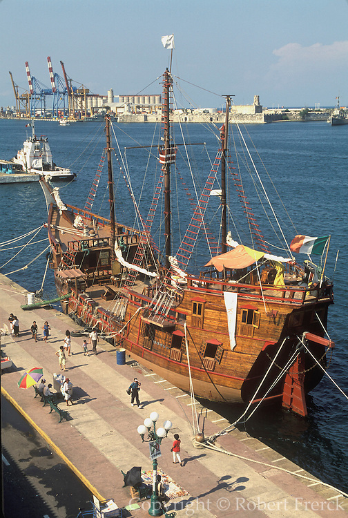 MEXICO, VERACRUZ HARBOR 16thc galleon, San Juan de Ulua beyond