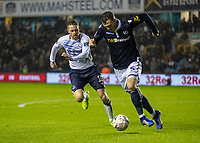 Football - 2018 / 2019 Emirates FA Cup - Fourth Round: Millwall vs. Everton<br /> <br /> Gylfi Sigurdsson (Everton FC ) chases down Jake Cooper (Millwall FC) at The Den.<br /> <br /> COLORSPORT/DANIEL BEARHAM