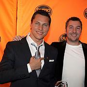 NLD/Bussum/20080305 - Harpen Gala 2008, Gouden Harp winnaar Tiesto met diskjockey Dennis Ruyer