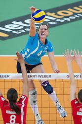 12-02-2012 VOLLEYBAL: FINAL DVV POKAL SCHWERINER SC - ROTE RABEN VILSBIBURG: HALLE<br /> Mira Topic  (#4 Schweriner SC) - Jennifer Danielle Todd (#8 Rote Raben Vilsbiburg), Lena Mullers / Moellers (#5 Rote Raben Vilsbiburg) /<br /> ©2012-FotoHoogendoorn.nl/Conny Kurth
