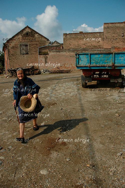 old woman, banat region