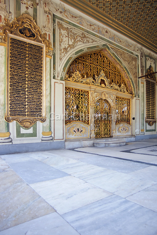 Sultans Reception Room, Imperial Council Chambers, Topkapi Palace - Istanbul, Turkey