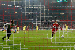 22.11.2011, Allianz Arena, Muenchen, UEFA CL, Gruppe A, GER, FC Bayern Muenchen (GER) vs FC Villarreal (ESP), im Bild Tor zum 2-0 durch Mario Gomez (Bayern #33) mit Diego Lopez (Villarreal #13)  //during the football match of UEFA Champions league, group a, between  FC Bayern Muenchen (GER)  vs.  FC Villarreal  (ESP) Gruppe A, on 2011/11/22 at Allianz Arena, Munich, Germany. EXPA Pictures © 2011, PhotoCredit: EXPA/ nph/ Straubmeier..***** ATTENTION - OUT OF GER, CRO *****