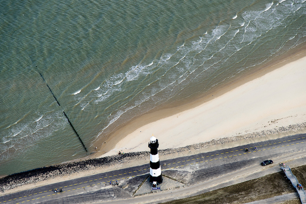 Nederland, Zeeland, Breskens, 19-10-2014;  gietijzeren vuurtoren, industrieel monument.<br /> Cast iron lighthouse.<br /> luchtfoto (toeslag op standard tarieven);<br /> aerial photo (additional fee required);<br /> copyright foto/photo Siebe Swart