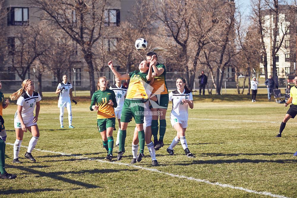 3rd year defender, Lauren Petras (12) of the Regina Cougars during the Women's Soccer away game on Sat Oct 06 at Universtity of Saskatchewan . Credit: Arthur Ward/Arthur Images