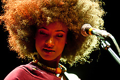 Esperanza Spalding live in London