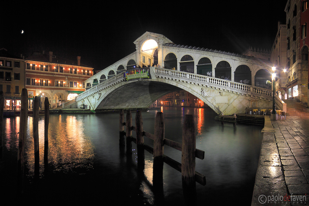 A night view of Rialto bridge and the Grand Canal. Taken a night of mid January, stitched from five vertical frames.