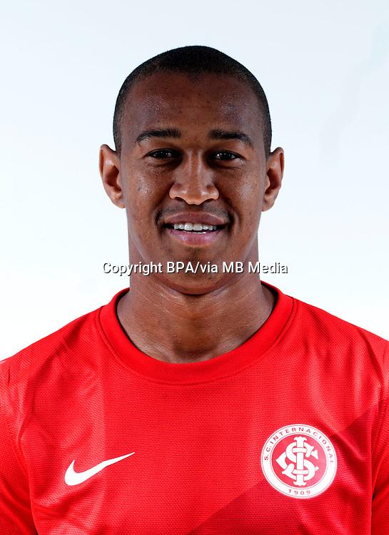 Fabrício dos Santos Silva   ( Sport Club Internacional )
