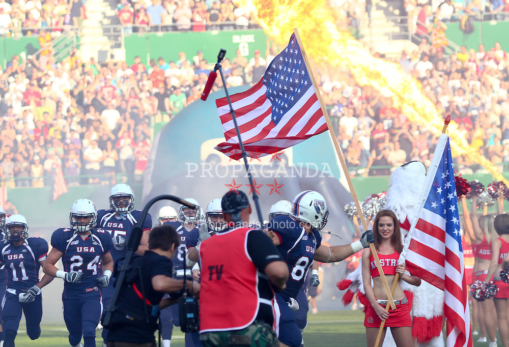 16.07.2011, Ernst Happel Stadion, Wien, AUT, American Football WM 2011, United States of America (USA) vs Canada (CAN), im Bild team USA enters the field // during the American Football World Championship 2011 game, USA vs Canada, at Ernst Happel Stadion, Wien, 2011-07-16, EXPA Pictures © 2011, PhotoCredit: EXPA/ T. Haumer