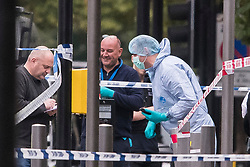 © Licensed to London News Pictures. 07/10/2017. London, UK. Police forensics at the scene of an incident outside the Natural History Museum. Early reports say a man has been arrested after pedestrians were injured in a collision with a car. Photo credit: Ben Cawthra/LNP§