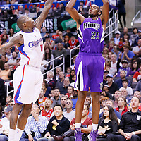 23 November 2013: Sacramento Kings small forward Travis Outlaw (25) takes a jumpshot over Los Angeles Clippers shooting guard Jamal Crawford (11) during the Los Angeles Clippers 103-102 victory over the Sacramento Kings at the Staples Center, Los Angeles, California, USA.
