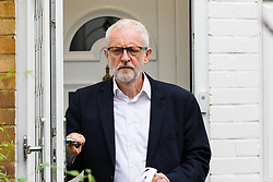© Licensed to London News Pictures. 22/07/2019. London, UK. JEREMY CORBYN, the Labour Party leader leaves his north London home this morning. Mr Corbyn is due to address the shadow cabinet today and tomorrow he will appear before Labour's ruling body, the National Executive Committee (NEC) amid demands for a change in approach.