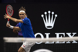 September 22, 2018 - Chicago, Illinois, U.S - Team Europe member ROGER FEDERER of Switzerland hits a forehand during the second singles match between Team Europe and Team World on Day Two of the Laver Cup at the United Center in Chicago, Illinois. (Credit Image: © Shelley Lipton/ZUMA Wire)