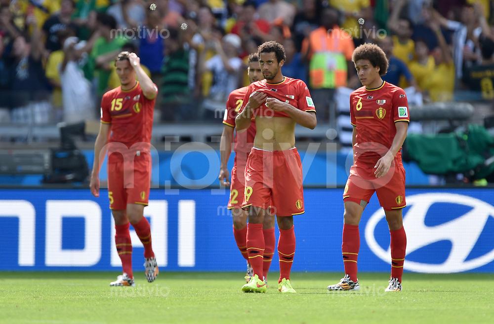 FUSSBALL WM 2014  VORRUNDE    Gruppe H     Belgien - Algerien                       17.06.2014 Daniel van Buyten, Mousa Dembele und Axel Witsel (v.l., alle Belgien) sind nach dem 0:1 enttaeuscht